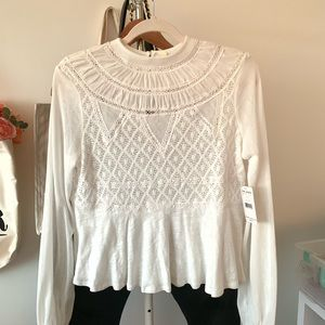 Free People • white lace top